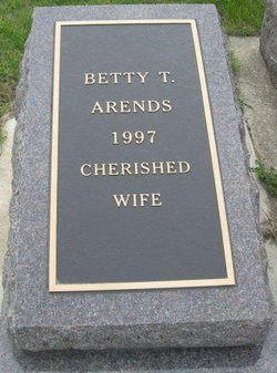 Betty T Arends