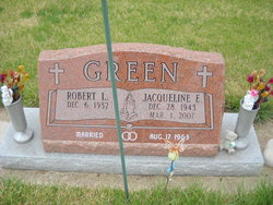 Jacqueline E Green