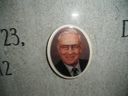 Lewis Dean L. D. Akin