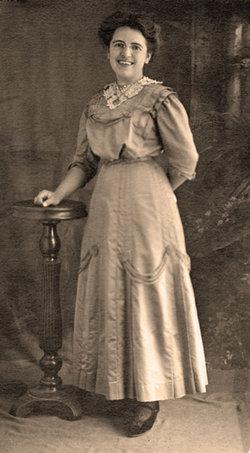 Pearl Bertha <i>Bausman</i> Hesselbacher