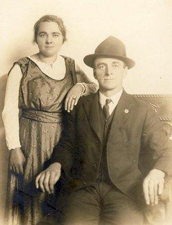 Gladys Cecelia <i>Ray</i> Davis