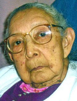 Julia <i>Fuentes</i> Aviles