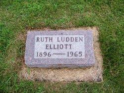 Ruth <i>Ludden</i> Elliott