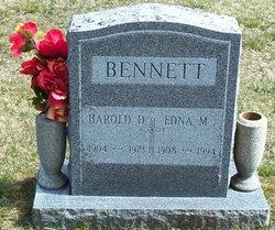 Edna M <i>Cota</i> Bennett
