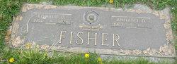 Annabel Dickson <i>Glenn</i> Fisher