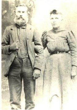 Betty Evelyn Nanny <i>Brooks</i> Bishop