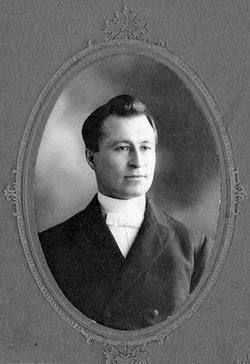 Rev Ewan Macdonald