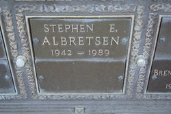 Stephen E Albretsen