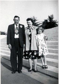 Lois Marie <i>Edwards</i> Adelung