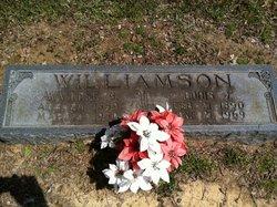 Avvielee <i>Benton</i> Williamson