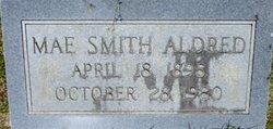 Mae <i>Smith</i> Aldred