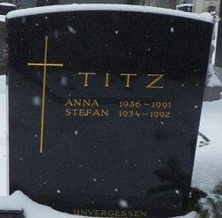 Anna Titz