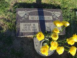 Ervan W Mac Mecklenburg, Sr