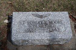 Lieut Robert Eugene Moore