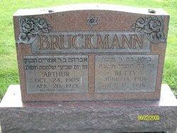 Betty <i>Samuel</i> Bruckmann