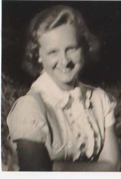 Dorothy <i>Busselle</i> Lannen
