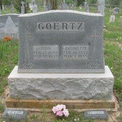 Antonette <i>Meuth</i> Goertz