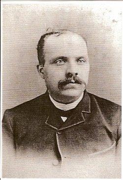 Trefl� Joseph Comeau