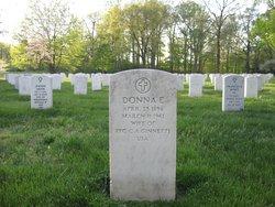 Donna E Ginnetti