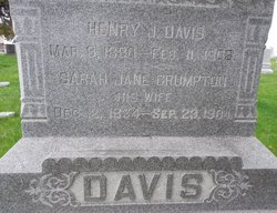 Sarah Jane <i>Crumpton</i> Davis