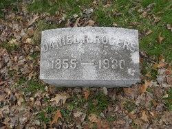 Danie R Rogers