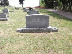 Moss Walton