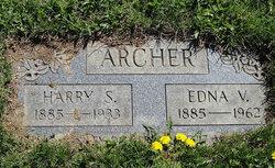 Harry Smith Archer