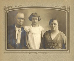 Mary G. Mamie <i>Tracy</i> White Boyles