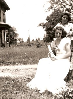 Lillian Mae Lil <i>Kinney</i> Kennedy