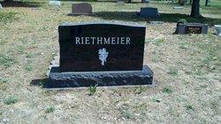 Sally L. <i>Sackrider</i> Reithmeier