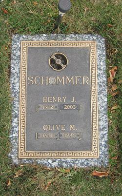 Olive Mary <i>Botz</i> Schommer
