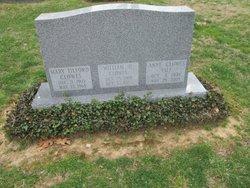 Mary Elizabeth <i>Tilford</i> Clowes