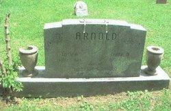 Lilly <i>Kennedy</i> Arnold