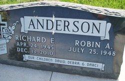 Richard E. Junie Anderson