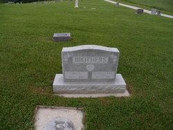 Elizabeth Ercilla <i>Seal</i> Brothers