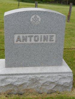 Alma A Antoine