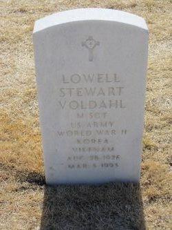 Lowell Stewart Voldahl