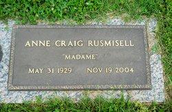 Anne <i>Craig</i> Rusmisell
