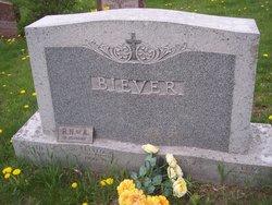 Cecelia <i>Heinen</i> Biever