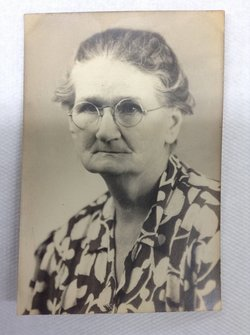 Alice Ophelia <i>Moody</i> Barnard