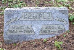 Agnes Kemple