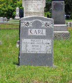 Helen <i>M</i> Karl
