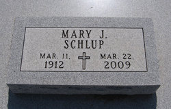 Mary Janet <i>Voorhees</i> Schlup