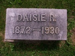 Daisie R Binford