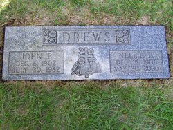 Nellie E <i>Robinette</i> Drews