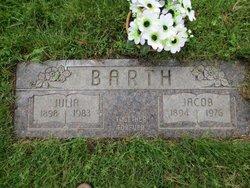 Julia <i>Flock</i> Barth