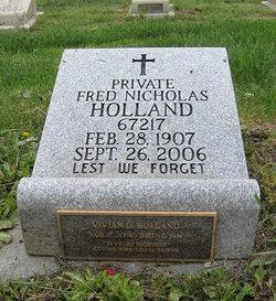 Vivian Lucile <i>Hazelton</i> Holland