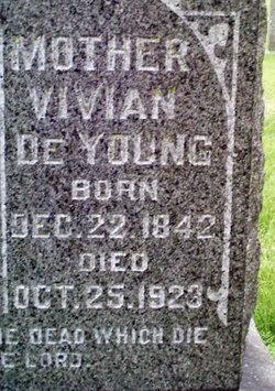 Vijverke Vivian <i>Schaap</i> DeYoung