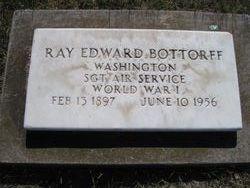 Ray Edward Bottorff