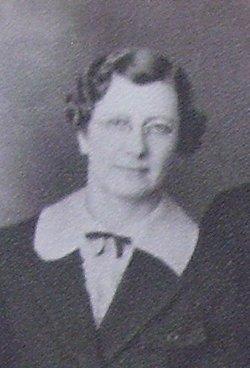 Nora Ellingson <i>Olson</i> Palm